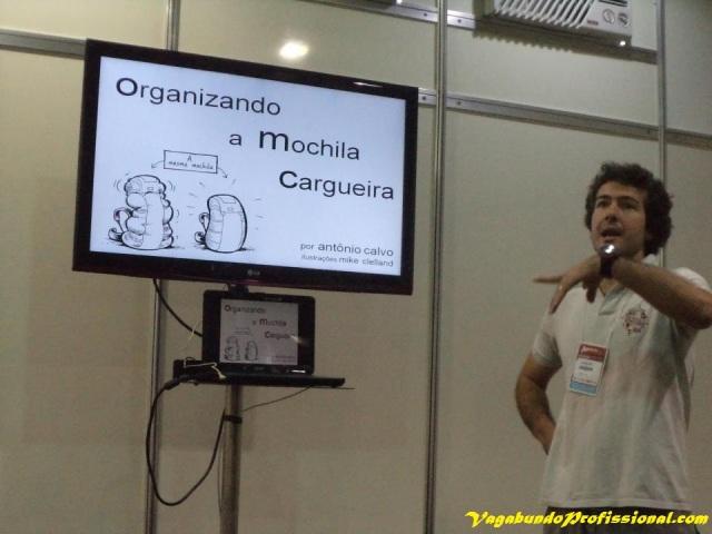 Palestra sobre a montagem de uma mochila cargueira, ministrada pelo Antônio Calvo do Armazém Adventure