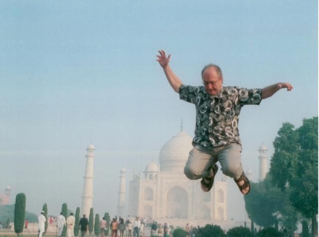 Jumping-Taj-Mahal