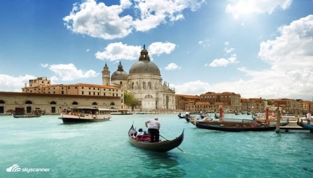 6 - Passeio de gôndola em Veneza.