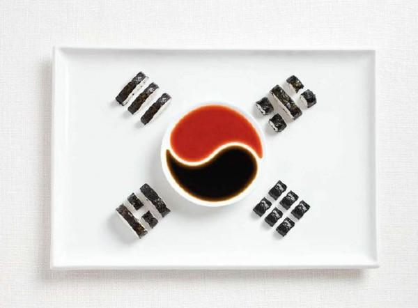 Bandeira da Coreia do Sul feitas de Kimbap e molhos.