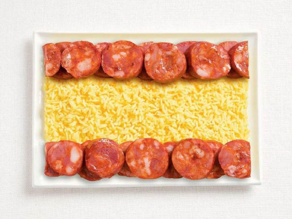 Bandeira da Espanha, feito de chorizo e arroz.