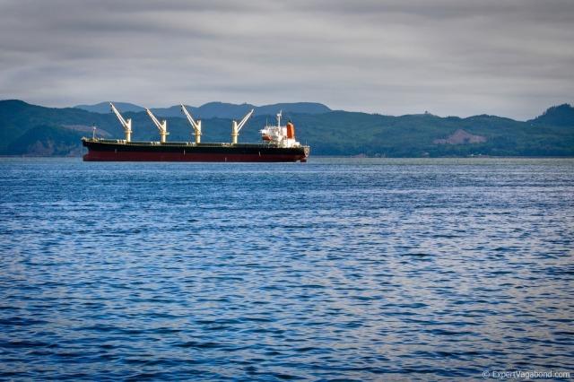 astoria-cargo-ship-XL