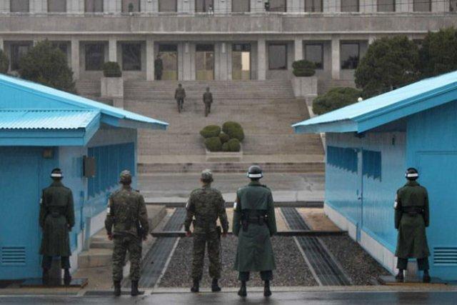 Coréia do Norte e Coréia do Sul.